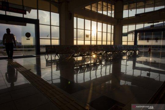 Ketatnya perijinan masuk ibu kota, Terminal Pulo Gebang sepi penumpang