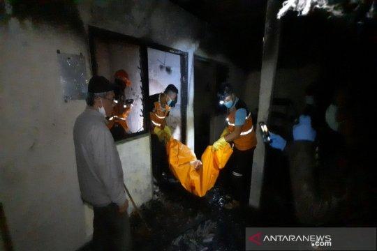 Bekas pabrik asbes di Boyolali terbakar, satu meninggal