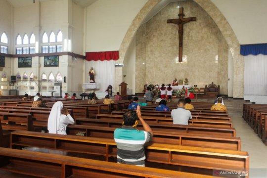 Gereja Katedral Palangkaraya kembali adakan Misa Minggu