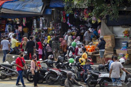 Pasar Gembrong kembali dipadati pembeli