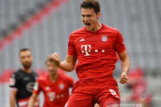 Bek Bayern Benjamin Pavard jalani isolasi setelah positif COVID-19