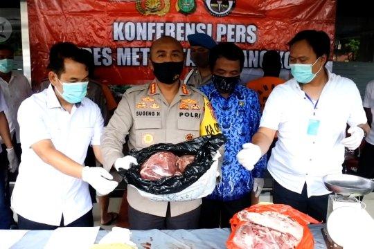 Polisi ungkap penjualan daging sapi oplosan
