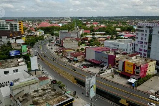 PSBB Pekanbaru diperpanjang, Pemprov Riau tambah Rp300 ribu/KK
