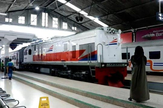 KAI operasikan 6 perjalanan Kereta Luar Biasa