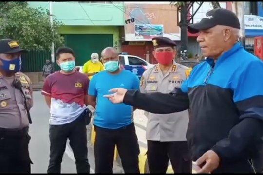 Seorang polisi dianiya, 3 senjata api dirampas di Paniai
