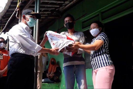 Menko PMK pantau bantuan sosial ke warga Kota Tangerang