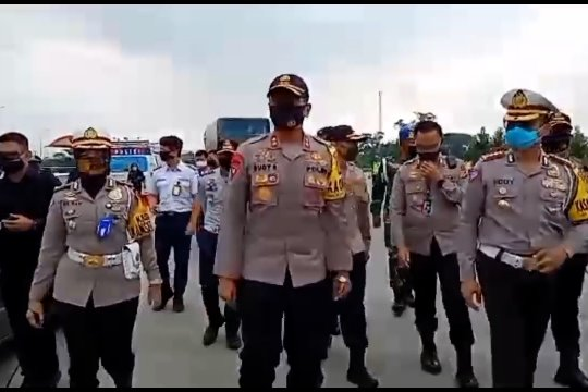 Kapolda Jabar cek kesiapan PSBB Provinsi di Gerbang Tol Palimanan