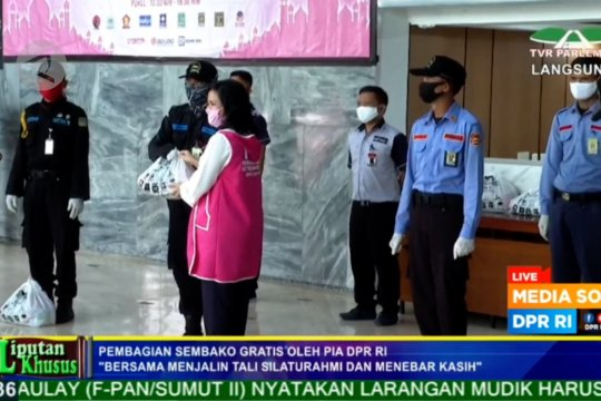 1.750 sembako dibagikan kepada pekerja honorer DPR RI