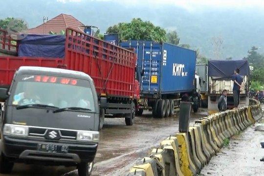 Akses Tol Cilegon Barat ditutup 4 jam akibat banjir