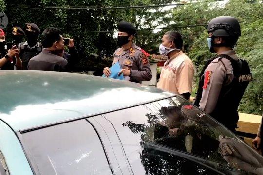 Ribuan kendaraan dipaksa putar balik di perbatasan Majalengka Sumedang