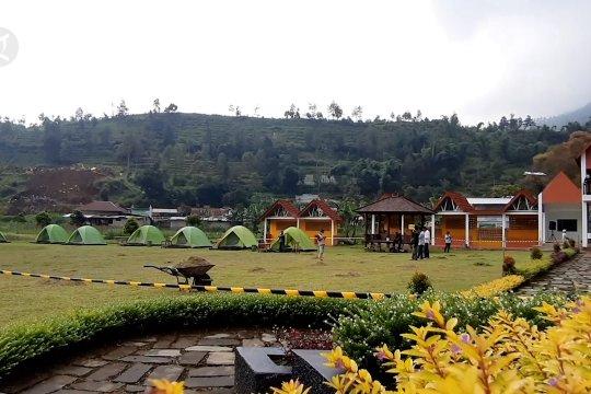 Karantina rasa berkemah di Telaga Madirda Karanganyar
