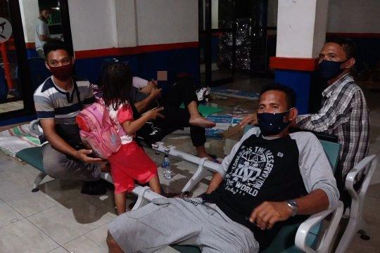 Puluhan warga Sulut tertahan di Pelabuhan Ternate