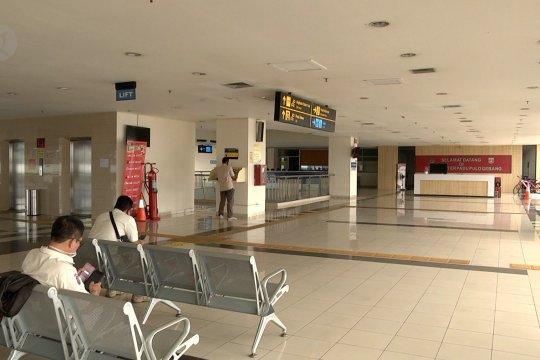 Terminal Pulo Gebang sepi penumpang