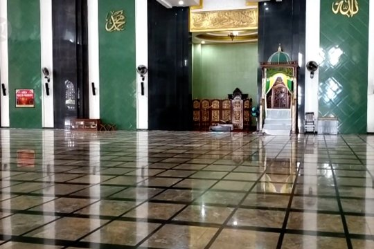 Masjid raya Al -Munawwar gelar shalat Ied dengan protokol kesehatan