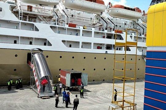 Pelabuhan Tanjung Priok ramai layani angkutan logistik