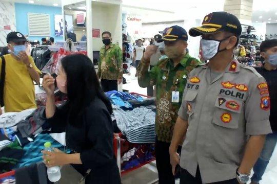 Petugastingkatkan pengawasan aktivitas pusat perbelanjaan