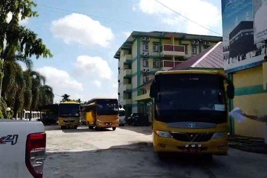 Pemprov Riau bantu pemulangan mahasiswa di Pekanbaru ke 12 Kab/ Kota