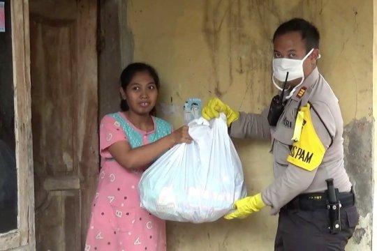 Polres Pandeglang kembali bagi seribu paket sembako