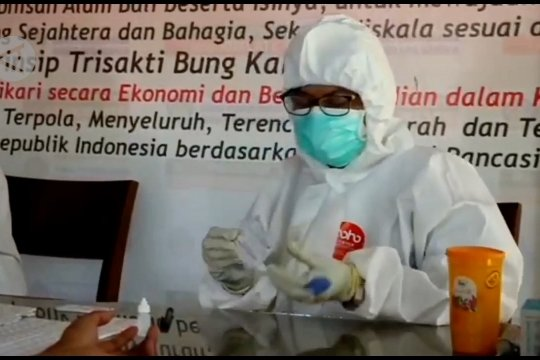 Tekan kasus COVID-19, Gubernur Bali isolasi 3 desa