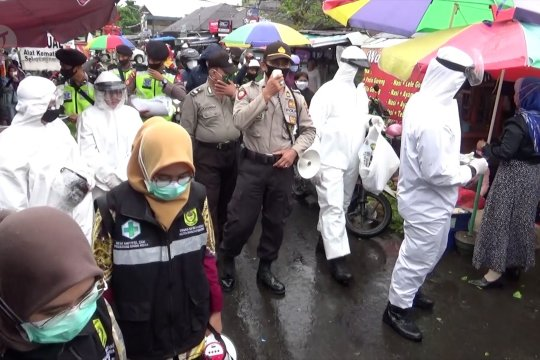 324 Petugas COVID-19 ditempatkan di 38 pasar Kota Banjarmasin