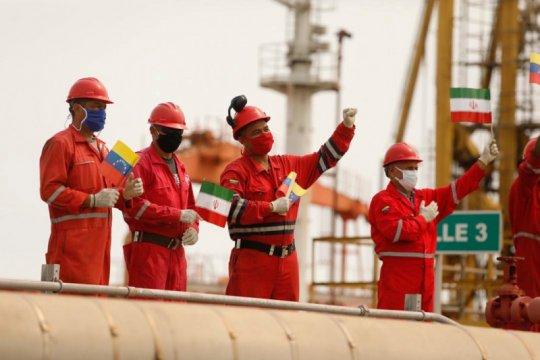 AS buru empat tanker Iran pembawa bahan bakar ke Venezuela