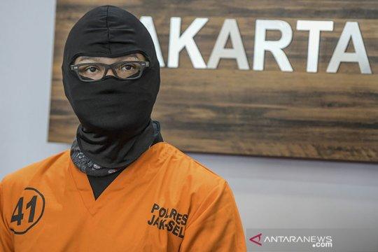 """Dwi Sasono ditangkap karena ganja, Lukman Sardi : """"Be strong bro"""""""