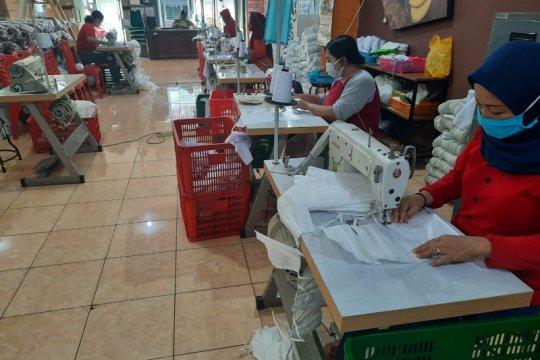 Risma: UMKM Surabaya bisa bertahan di tengah pandemi COVID-19