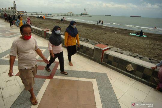 Obyek wisata pantai mulai ramai pengunjung