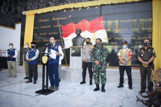 Gubernur Jabar uraikan lima tahap adaptasi normal baru