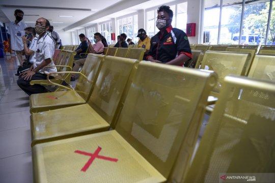 Lokasi perpanjangan masa berlaku SIM di Jakarta pada Rabu