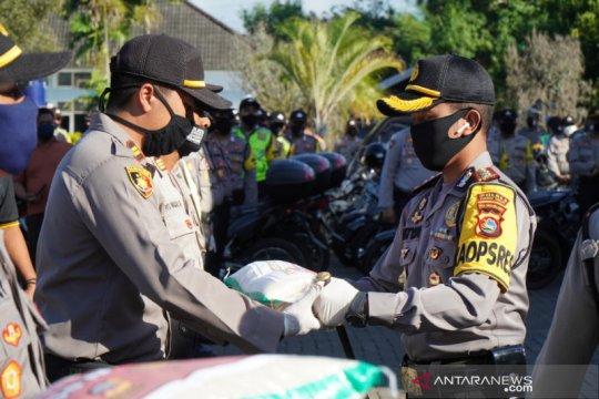 Polres Lombok Tengah salurkan bantuan 3,5 ton beras