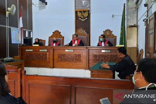 Jaksa belum siap bacakan tuntutan Aulia Kesuma