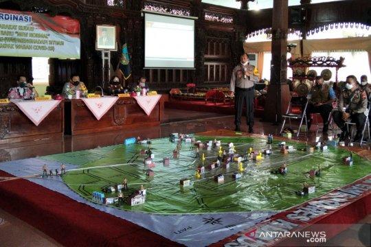 """Polres Kudus gelar simulasi """"tactical floor games"""" menghadapi COVID-19"""