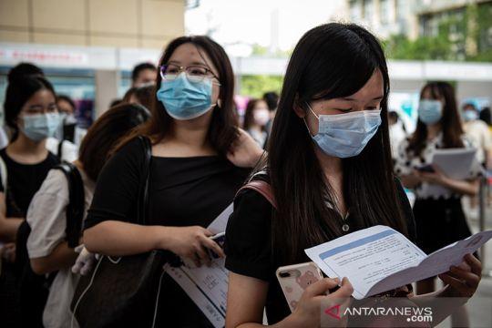 Bursa kerja kembali dibuka di Wuhan