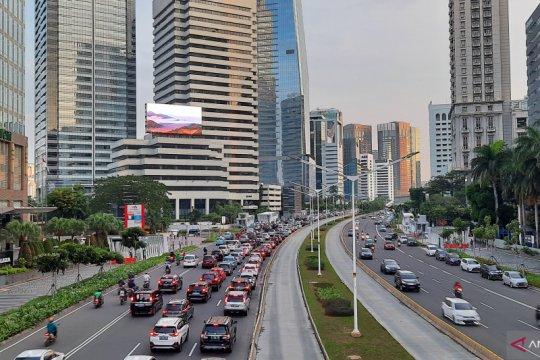 Jalan Sudirman Jakarta kembali padat