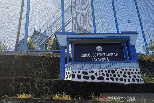 Kantor Imigrasi Jayapura pulangkan 30 WNA asal PNG