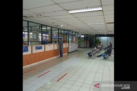 Samsat Jakbar terapkan protokol kesehatan COVID-19 untuk wajib pajak