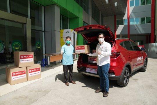 MG Motor bagikan 10.000 APD dan sembako untuk tenaga medis dan warga
