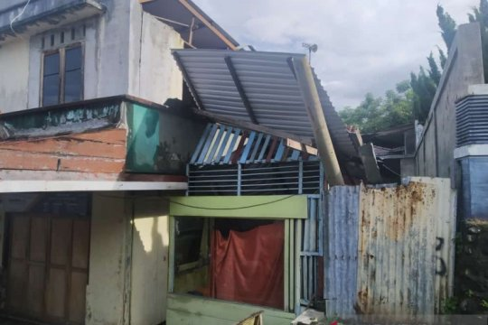 17 bangunan di Sabang rusak akibat gempa bumi