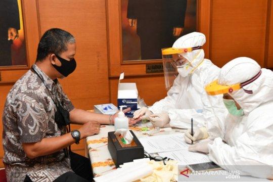 Kemenkop lakukan Rapid Test COVID-19 bagi ASN jelang normal baru