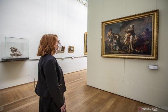 Pemerintah Prancis buka museum kembali