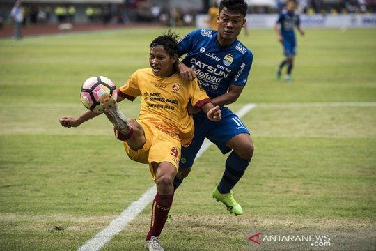Adam Alis dan Dendi Sulistyawan wakil Bhayangkara FC di timnas senior