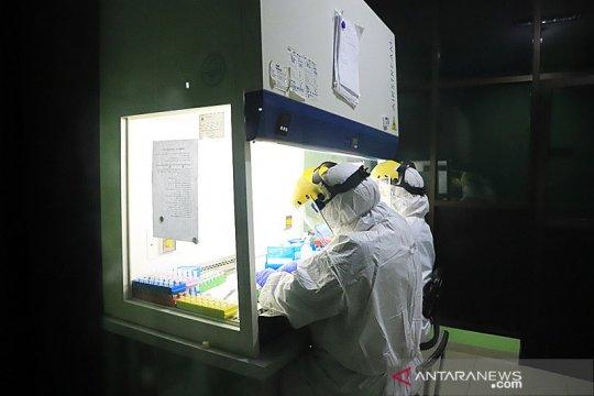 Laboratorium untuk tes swab di Surabaya mulai beroperasi
