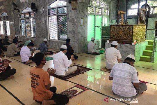 Sejumlah masjid di Kabupaten Ogan Komering Ilir mulai dibuka