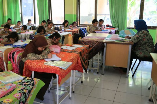 Tahun ajaran baru di Surabaya diperkirakan mulai 13 Juli 2020