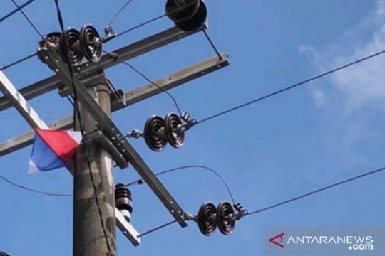 PLN ingatkan jangan main layangan dekat jaringan listrik