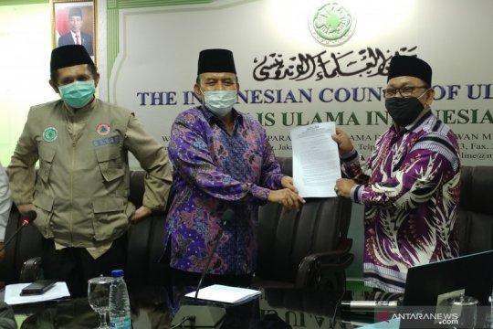 Soal Jumatan, Dewan Masjid Indonesia disebut ikut fatwa MUI