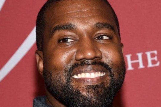 Kanye West akan biayai kuliah anak George Floyd
