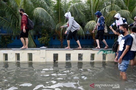Banjir rob di Jakarta