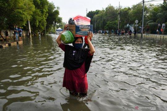 Jakarta Utara siapkan genset dan panel surya tangani banjir